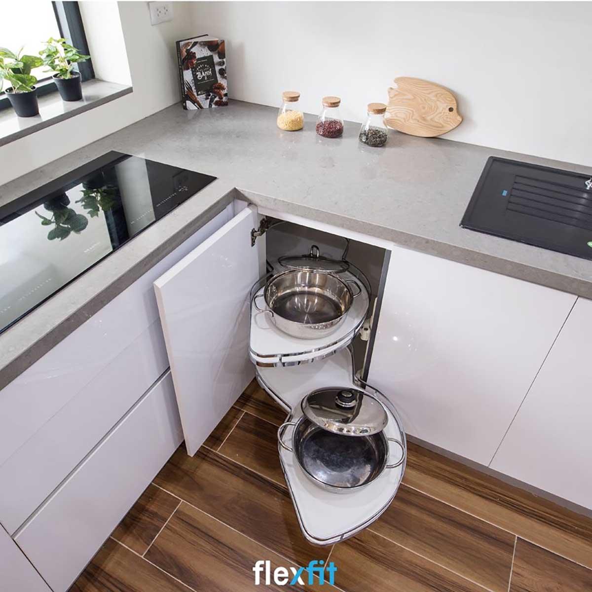 Tủ bếp sử dụng chức năng thông minh
