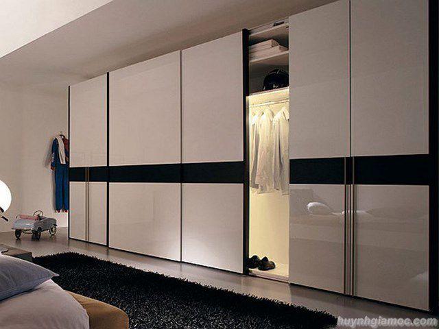 Tủ quần áo âm tường cánh lùa với màu trắng tinh tế, thanh lịch không chỉ giúp tiết kiệm tối đa diện tích mà còn mang đến không gian hiện đại, trang nhã.