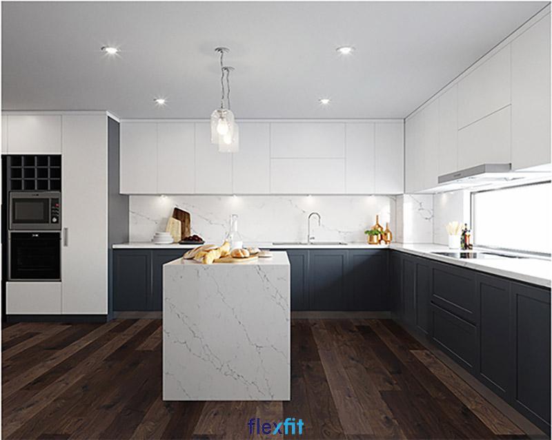 Tủ bếp chữ L có bàn đảo màu trắng - ghi đen