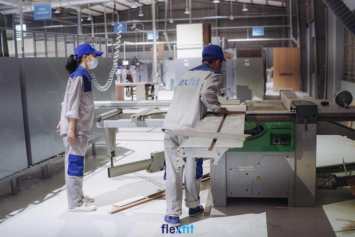 Flexfit có 2 nhà máy sản xuất tủ bếp Acrylic hiện đại