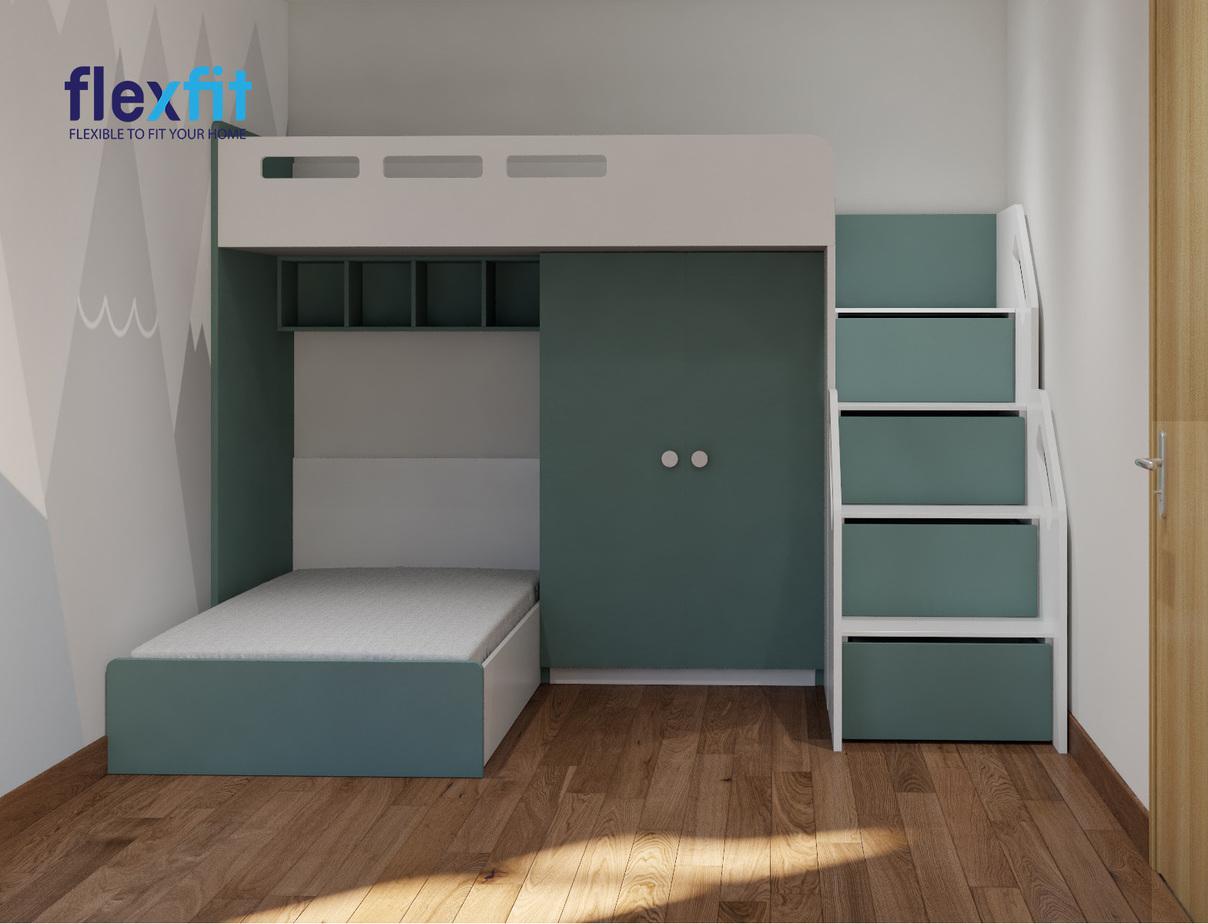 Màu xanh lam nổi bật mang lại vẻ đẹp khỏe khoắn, năng động cho toàn bộ căn phòng. Ngoài ra, mẫu tủ đã khéo léo tận dụng phần khoảng không giữa giường tầng trên và tầng dưới để bố trí tủ quần áo vô cùng thông minh.