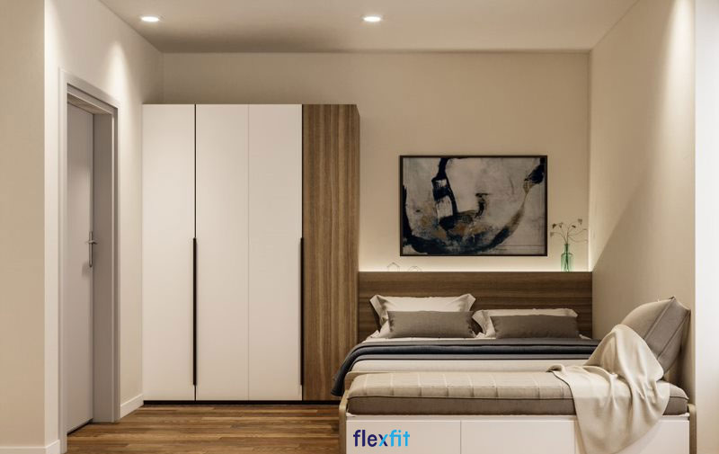 Tủ quần áo 2m2 với thiết kế 3 cánh màu trắng và 1 cánh màu vân gỗ ấn tượng. Tủ sử dụng cốt gỗ MDF phủ Laminate giúp bạn vệ sinh dễ dàng và không lo trầy xước.