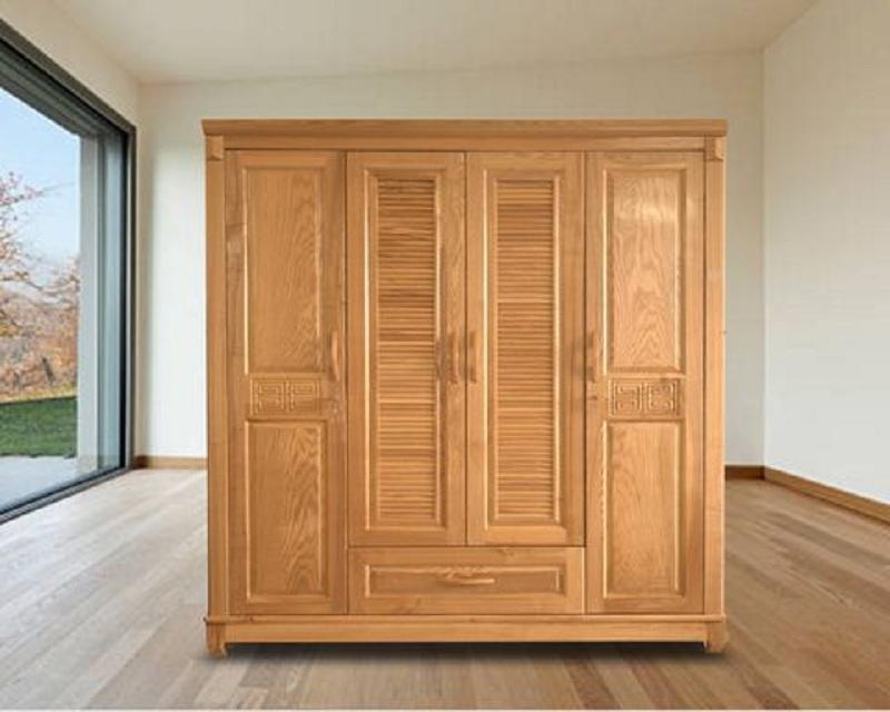 Tủ quần áo 4 cánh 4 buồng được làm từ gỗ sồi nhập khẩu chắc chắn, bền đẹp. Tủ có những đường chạm khắc tinh tế ấn tượng cùng các đường vân gỗ tự nhiên cho vẻ đẹp mộc mạc, hơi hướng cổ điển.