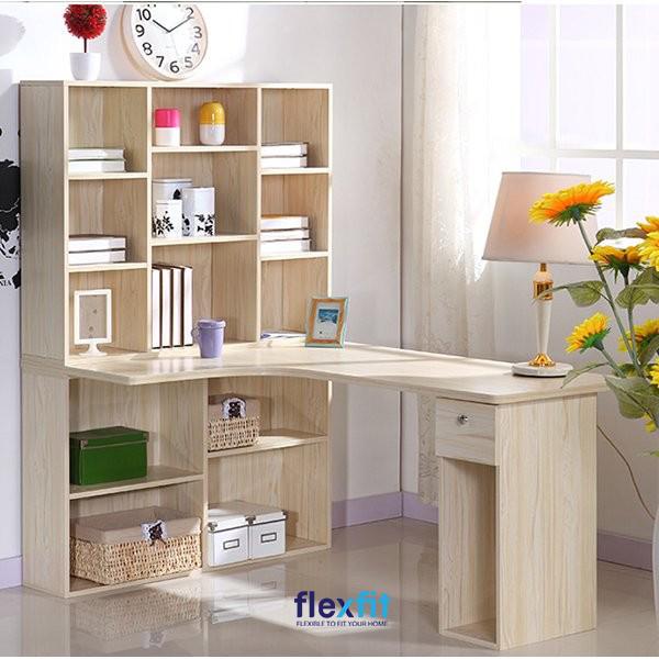 Bàn làm việc kết hợp giá sách là một trong những mẫu bàn đang rất được ưa chuộng nhờ vào sự tiện lợi và thiết kế bắt mắt.