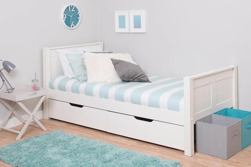 Mẫu giường đơn thiết kế ngăn để đồ tiện lợi này đang rất được các bậc phụ huynh ưa chuộng sử dụng cho phòng con em mình. Tuy giường có màu trắng nhưng dễ vệ sinh, làm sạch nhờ chất liệu gỗ MDF phủ Melamine.