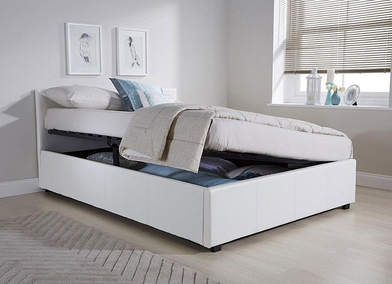 Giường đơn có thể kéo nhấc dễ dàng với thiết kế rỗng bên trong chính là không gian để đồ lớn. Với mẫu giường này, bạn có thể lưu trữ được nhiều đồ đạc như: quần áo, chăn gối,... giúp tiết kiệm không gian.