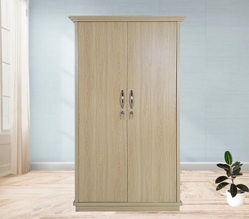 Tủ quần áo 1m thiết kế 2 cánh với màu vân gỗ sáng tạo vẻ sang trọng cho căn phòng.