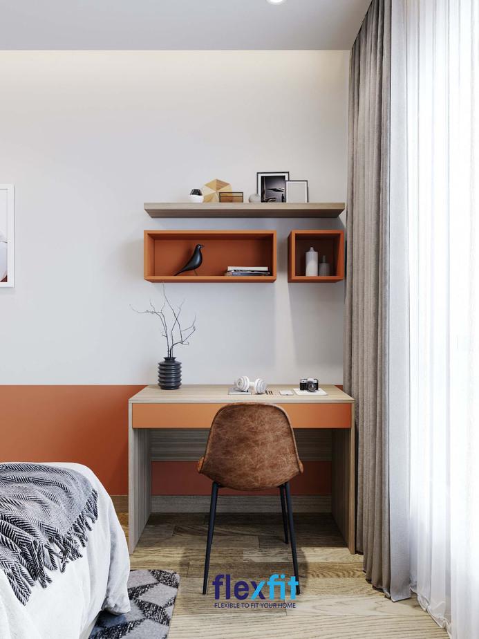 Bạn có thể lựa chọn màu sắc bàn làm việc theo sở thích hoặc theo phong thủy.