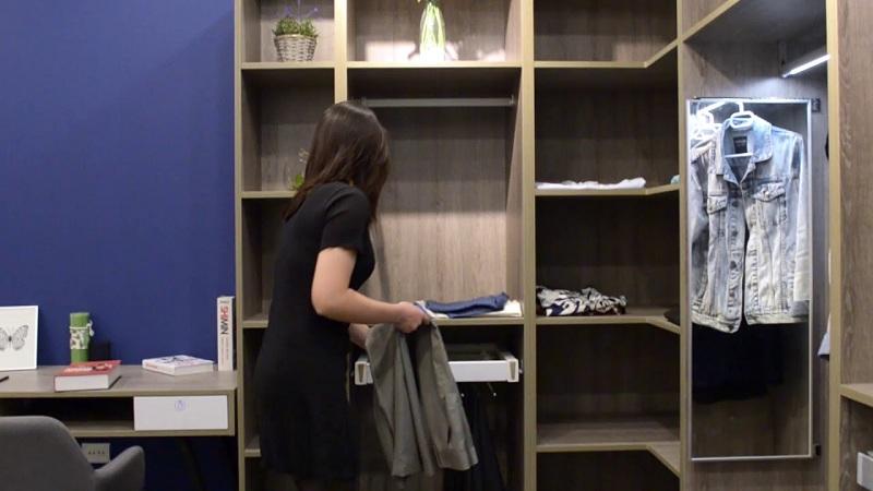 Thiết kế tủ quần áo thông minh tăng sự tiện nghi.