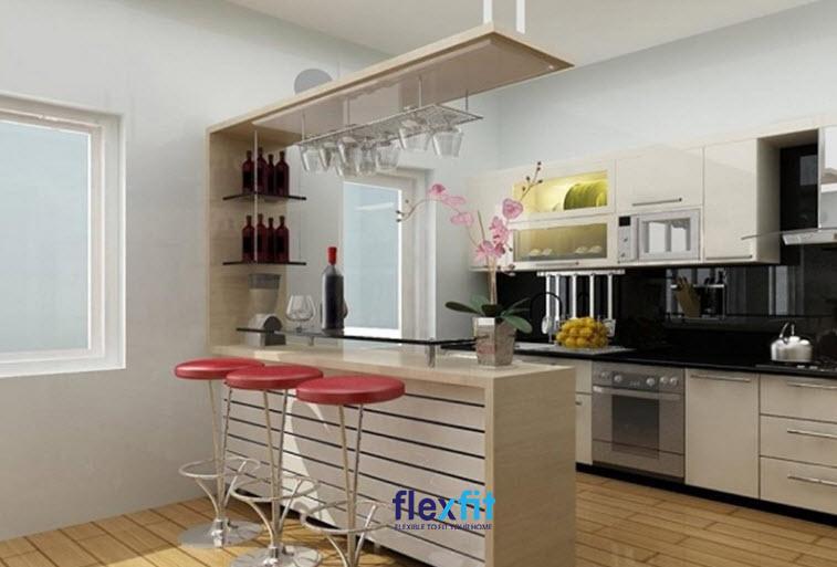 Thêm tủ rượu và khay treo ly phía trên, căn bếp của bạn đã biến thành một quầy bar thực sự rồi đó