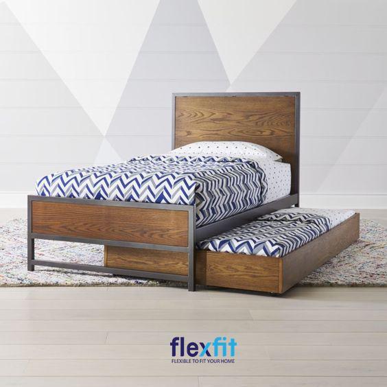 Với giường ngủ 2 tầng thấp có thể giúp bạn tiết kiệm diện tích một cách tối đa nhất cho căn phòng của mình.