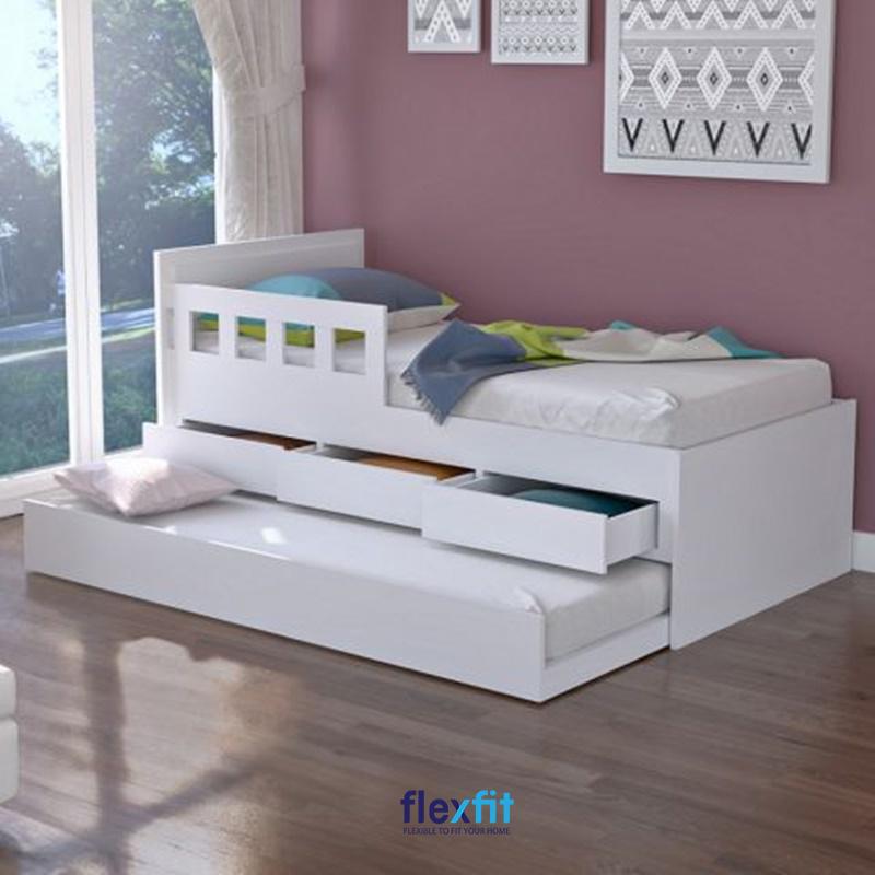 Giường 2 tầng kiểu hộp tăng tiện ích cùng gam màu trắng cho cảm giác phòng thông thoáng hơn