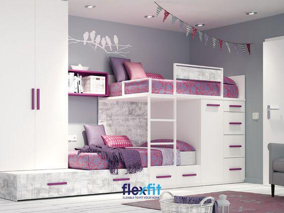 Mẫu giường tầng kết hợp tủ quần áo cùng các ngăn chứa rộng rãi này chắc chắn góp phần tô điểm thêm cho vẻ đẹp lộng lẫy của căn phòng công chúa nhỏ của bạn.