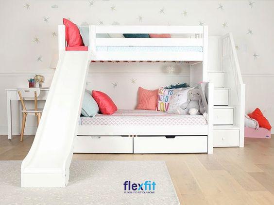 Một thiết kế giường tầng vô cùng sáng tạo biến chiếc giường không chỉ là nơi nghỉ ngơi mà còn thành một nơi vui chơi vô cùng tuyệt vời.