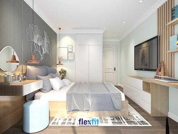 Với kệ tivi đa năng tích hợp lưu trữ đồ và trang trí, căn phòng thêm ấn tượng mà vẫn tiết kiệm diện tích