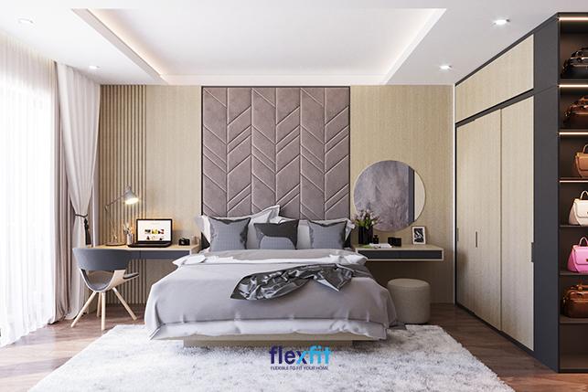 Chỉ cần một chút thay đổi kiểu thiết kế với những họa tiết trên tường sẽ giúp mang đến cho bạn một không gian mới lạ, độc đáo và vô cùng hút mắt. Ngoài ra, việc kết hợp các đồ nội thất theo cùng gam màu sẽ giúp căn phòng trở nên tinh tế, đẹp mắt hơn.