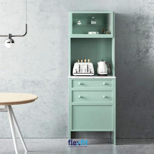 Sắc xanh ngọc mang lại vẻ đẹp nổi bật đầy ấn tượng cho sản phẩm.