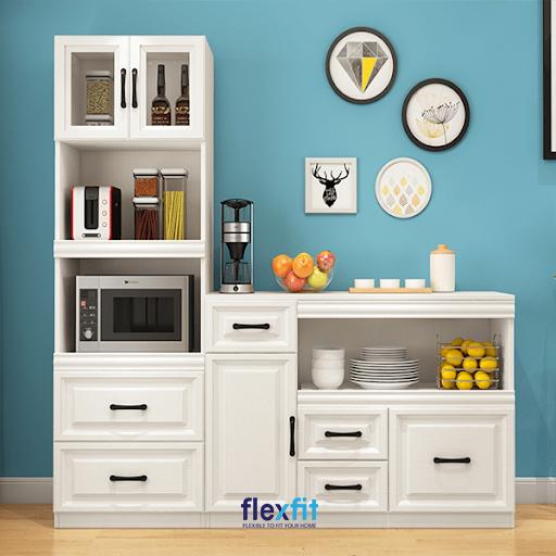 Với sắc trắng thanh lịch cũng các thanh cầm màu đen đầy cá tính, tủ bếp đứng mang lại vẻ đẹp vừa hiện đại nhưng vẫn rất tinh tế, tiện nghi.