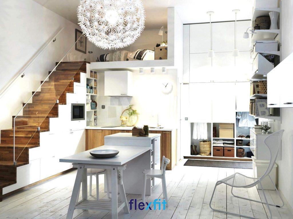 Tận dụng gầm cầu thang thiết kế phòng bếp nhỏ đẹp, hiện đại