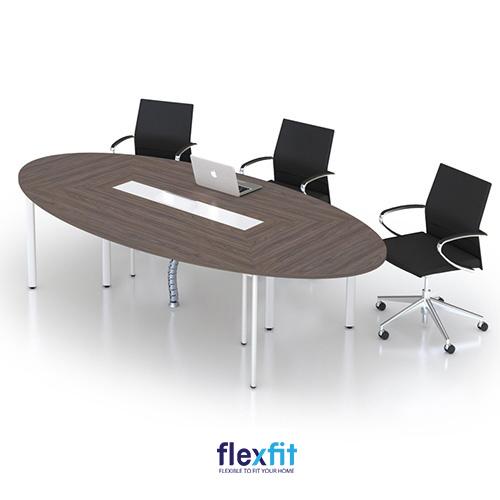 Bàn làm việc hình elip có kích thước đa dạng phù hợp với nhiều phòng họp khác nhau.