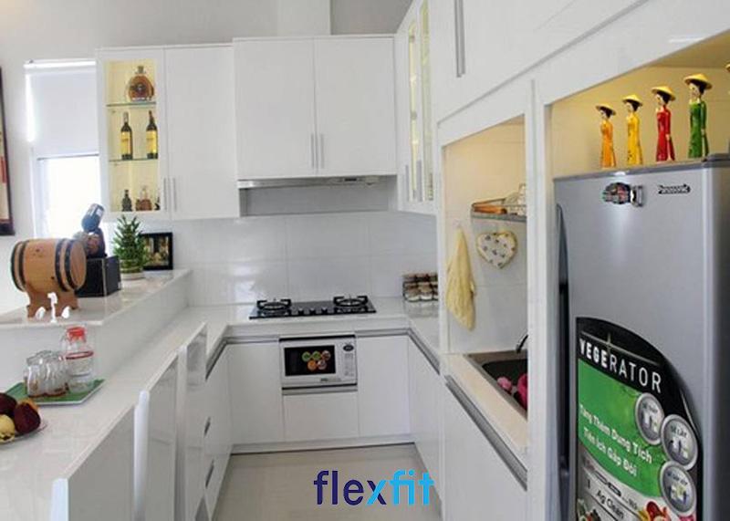 Phòng bếp nhỏ nhưng vẫn đảm bảo đầy đủ tiện nghi