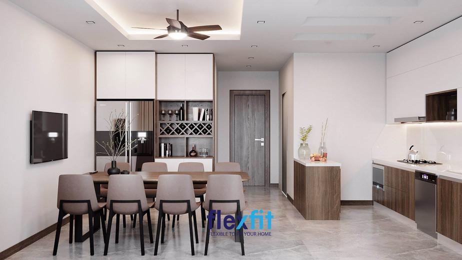 Trần bếp như tạo nên một không gian tách biệt, nổi bật kết hợp với đèn chùm độc đáo mang lại vẻ đẹp riêng biệt, cá tính cho không gian bếp.