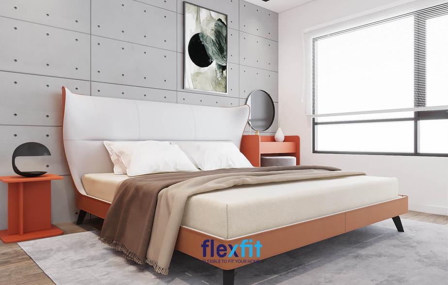 Nếu bạn muốn phòng ngủ của mình có chất Âu hóa trong đó, thì việc sử dụng một chiếc tab nho nhỏ chỉ để trang trí thôi cũng đủ toát lên hết về phong cách hiện đại rồi