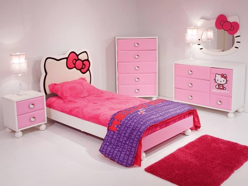 Đặt riêng 1 chiếc giường Hello Kitty cho bé là một ý tưởng hay