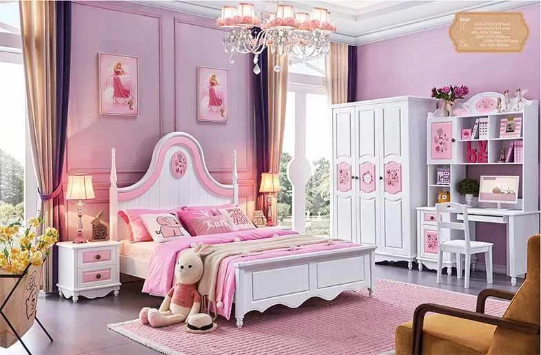 Đơn giản hơn là một vài bức tranh treo tường hình búp bê Barbie