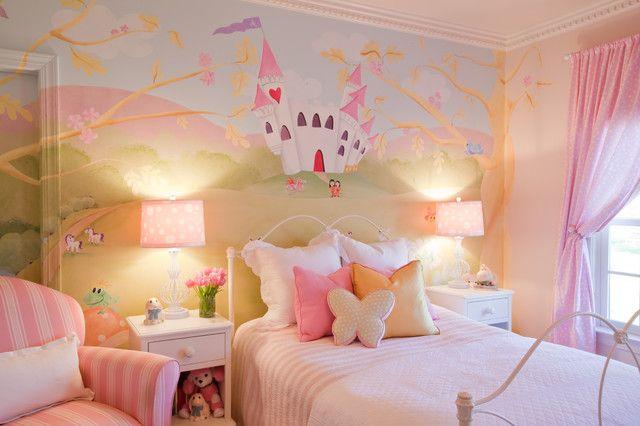 Với phong cách này bạn có thể tự do trang trí phòng cho bé theo chủ đề cổ tích
