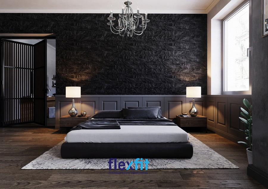 Sự kết hợp giữa gam màu đen và họa tiết hoa văn giúp tạo nên một không gian phòng ngủ vô cùng sang trọng, huyền bí