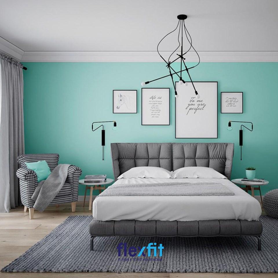 Đèn thả bằng kim loại giúp phòng ngủ thêm sang trọng và mang đến tính kim, hợp với gia chủ mệnh Thủy