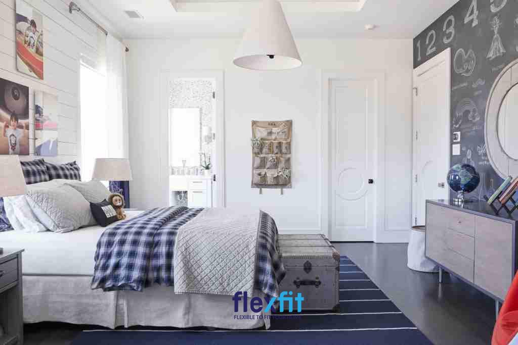 Căn phòng ngủ với đầy đủ tiện nghi phù hợp cho các cặp vợ chồng trẻ trang trí theo phong cách mới lạ