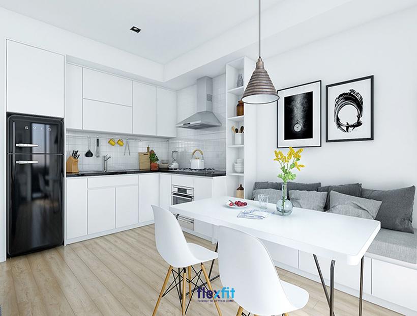 Căn bếp được thiết kế đơn giản nhưng vẫn mang lại sự tinh tế và vẻ đẹp thanh lịch cho không gian.