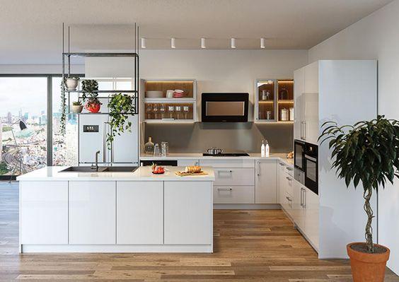 Bạn có thể sử dụng các loại cây xanh để mang lại một không gian xanh cho gian bếp của gia đình.