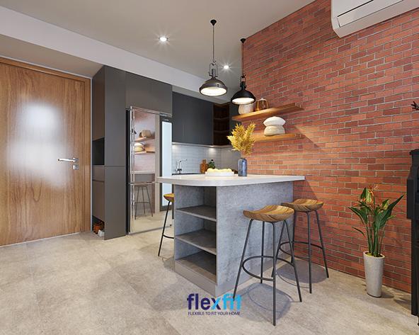 Bức tường gạch đỏ nung đem đến sự khác biệt cho không gian bếp chủ nhà mệnh Thổ.
