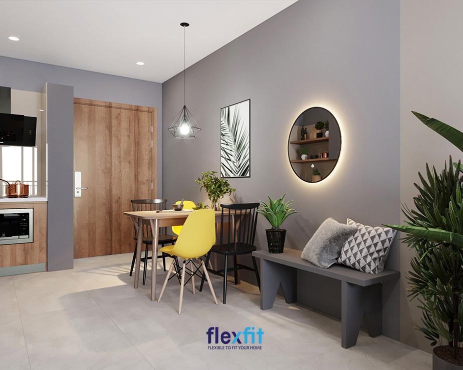 Không gian bếp với bức tường tím nhạt là màu tương sinh với mệnh Thổ.